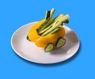 Τρόφιμα τέχνης, γλυκιά κίτρινη μηχανή πιπεριών Στοκ Εικόνες