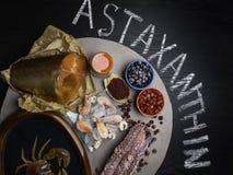 Τρόφιμα υψηλά Astaxanthin στο αντιοξειδωτικό, ιώδιο Υγιής έννοια διατροφής r στοκ φωτογραφίες με δικαίωμα ελεύθερης χρήσης