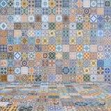 Τρύγος κεραμιδιών πατωμάτων και τοίχων Στοκ Φωτογραφίες