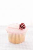 Τρύγος που διακοσμείται cupcake Στοκ Εικόνες