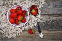 Τρύγος φραουλών Στοκ εικόνα με δικαίωμα ελεύθερης χρήσης