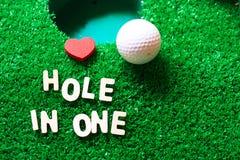 Τρύπα σε ένα γκολφ στοκ εικόνες