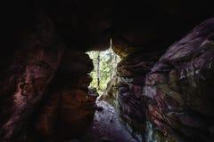 Τρύπα στο βράχο Στοκ Εικόνες
