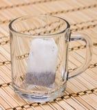 τσάι γυαλιού τσαντών Στοκ φωτογραφία με δικαίωμα ελεύθερης χρήσης