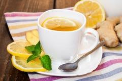 τσάι λεμονιών πιπεροριζών Στοκ Φωτογραφίες