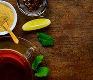 Τσάι, ζάχαρη και αντίγραφο-διάστημα Στοκ Εικόνες