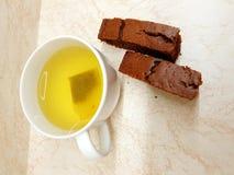 Τσάι και επιδόρπια στοκ φωτογραφίες