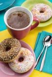 Τσάι και donuts Στοκ Εικόνα