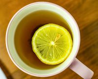 Τσάι με το λεμόνι στοκ φωτογραφία με δικαίωμα ελεύθερης χρήσης