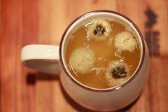Τσάι λουλουδιών χρυσάνθεμων Στοκ Εικόνα
