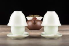 Τσάι που τίθεται στο μαύρο υπόβαθρο Στοκ φωτογραφίες με δικαίωμα ελεύθερης χρήσης