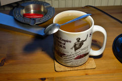Τσάι πρωινού γραφείων Στοκ εικόνα με δικαίωμα ελεύθερης χρήσης