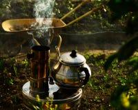 Τσάι στη σόμπα στοκ φωτογραφία με δικαίωμα ελεύθερης χρήσης