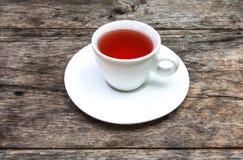Τσάι στον πίνακα στοκ φωτογραφίες