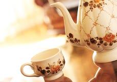 τσάι υπηρεσιών Στοκ εικόνα με δικαίωμα ελεύθερης χρήσης