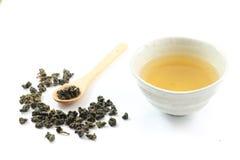 Τσάι Oolong στο φλυτζάνι τσαγιού Στοκ φωτογραφία με δικαίωμα ελεύθερης χρήσης
