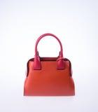 τσάντα ή καφετιά τσάντα γυναικών δέρματος στο υπόβαθρο Στοκ Εικόνες
