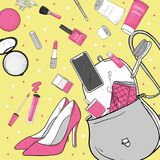 Τσάντα γυναικών με τα καλλυντικά, τα παπούτσια και το smartphone Τα προσωπικά αποτελέσματα μειώθηκαν από την τσάντα Διανυσματική  απεικόνιση αποθεμάτων