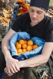 Τσάντα εκμετάλλευσης ατόμων με τα φρέσκα πορτοκάλια στην Τουρκία Στοκ Φωτογραφία