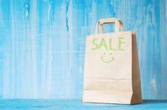Τσάντα καφετιού εγγράφου με τον τίτλο Στοκ Εικόνες