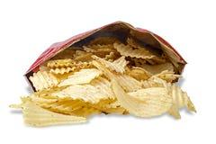 Τσάντα των τσιπ πατατών στο λευκό στοκ εικόνες