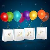 Τσάντες αγορών πώλησης με τα μπαλόνια Στοκ φωτογραφίες με δικαίωμα ελεύθερης χρήσης