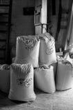 Τσάντες αλευριού έτοιμες για τη συλλογή Στοκ φωτογραφία με δικαίωμα ελεύθερης χρήσης