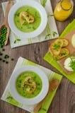 Τσίλι και χορτοφάγο χοτ-ντογκ Στοκ Εικόνες
