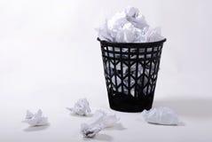 τσαλακωμένα πλήρη έγγραφα wastepaper Στοκ εικόνες με δικαίωμα ελεύθερης χρήσης