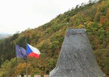 Τσεχικές και ευρωπαϊκές σημαίες Στοκ Εικόνες