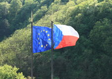 Τσεχικές και ευρωπαϊκές σημαίες Στοκ Εικόνα