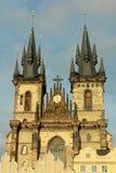 τσεχική κυρία εκκλησιών η δημοκρατία της Πράγας μας tyn Στοκ Φωτογραφίες