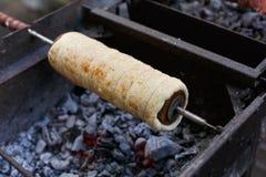 Τσεχική παραδοσιακή γλυκιά ζύμη αποκαλούμενη Trdlo, trdelnik στοκ φωτογραφία με δικαίωμα ελεύθερης χρήσης