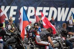 Τσεχικός αναβάτης Vaclav Milik με τη σημαία Στοκ Εικόνες