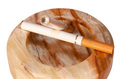 τσιγάρο ε ηλεκτρονικό Στοκ φωτογραφία με δικαίωμα ελεύθερης χρήσης