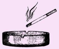 Τσιγάρο ashtray Στοκ εικόνα με δικαίωμα ελεύθερης χρήσης