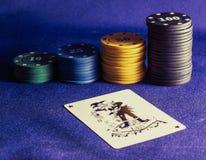 Τσιπ και πλακατζής πόκερ Στοκ Εικόνες