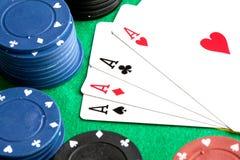 τσιπ τέσσερα άσσων πόκερ π&omicro Στοκ Εικόνες