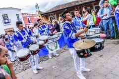 Τυμπανιστές ημέρας της ανεξαρτησίας, Αντίγκουα, Γουατεμάλα Στοκ φωτογραφίες με δικαίωμα ελεύθερης χρήσης