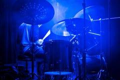 Τυμπανιστής στη συναυλία Στοκ φωτογραφία με δικαίωμα ελεύθερης χρήσης