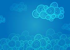 Τυποποιημένα σπειροειδή σύννεφα στο μπλε υπόβαθρο Στοκ Εικόνες