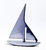 Τυποποιημένο sailboat παιχνιδιών Στοκ φωτογραφία με δικαίωμα ελεύθερης χρήσης