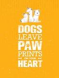 Τυπωμένες ύλες ποδιών άδειας σκυλιών στην καρδιά σας Σημαντική χαριτωμένη διανυσματική έννοια αποσπάσματος στο ανακυκλωμένο υπόβα Στοκ Φωτογραφία