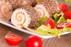 Τυρί αιγών με τις ντομάτες σαλάτας και κερασιών Στοκ Φωτογραφία