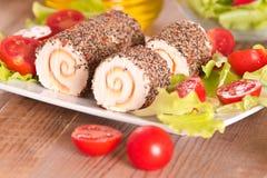 Τυρί αιγών με τις ντομάτες σαλάτας και κερασιών Στοκ φωτογραφίες με δικαίωμα ελεύθερης χρήσης