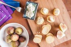 Τυρί αιγών στη φρυγανιά Στοκ Εικόνα