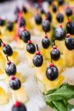 τυρί καναπεδακιών Στοκ εικόνα με δικαίωμα ελεύθερης χρήσης