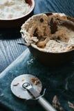 Τυρί κρέμας με τα χορτάρια Στοκ Εικόνες