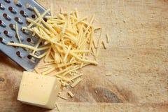 τυρί που ξύνεται Στοκ εικόνες με δικαίωμα ελεύθερης χρήσης