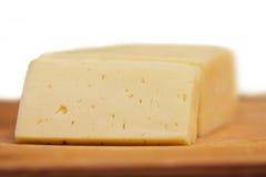 τυρί που τεμαχίζεται Στοκ φωτογραφίες με δικαίωμα ελεύθερης χρήσης